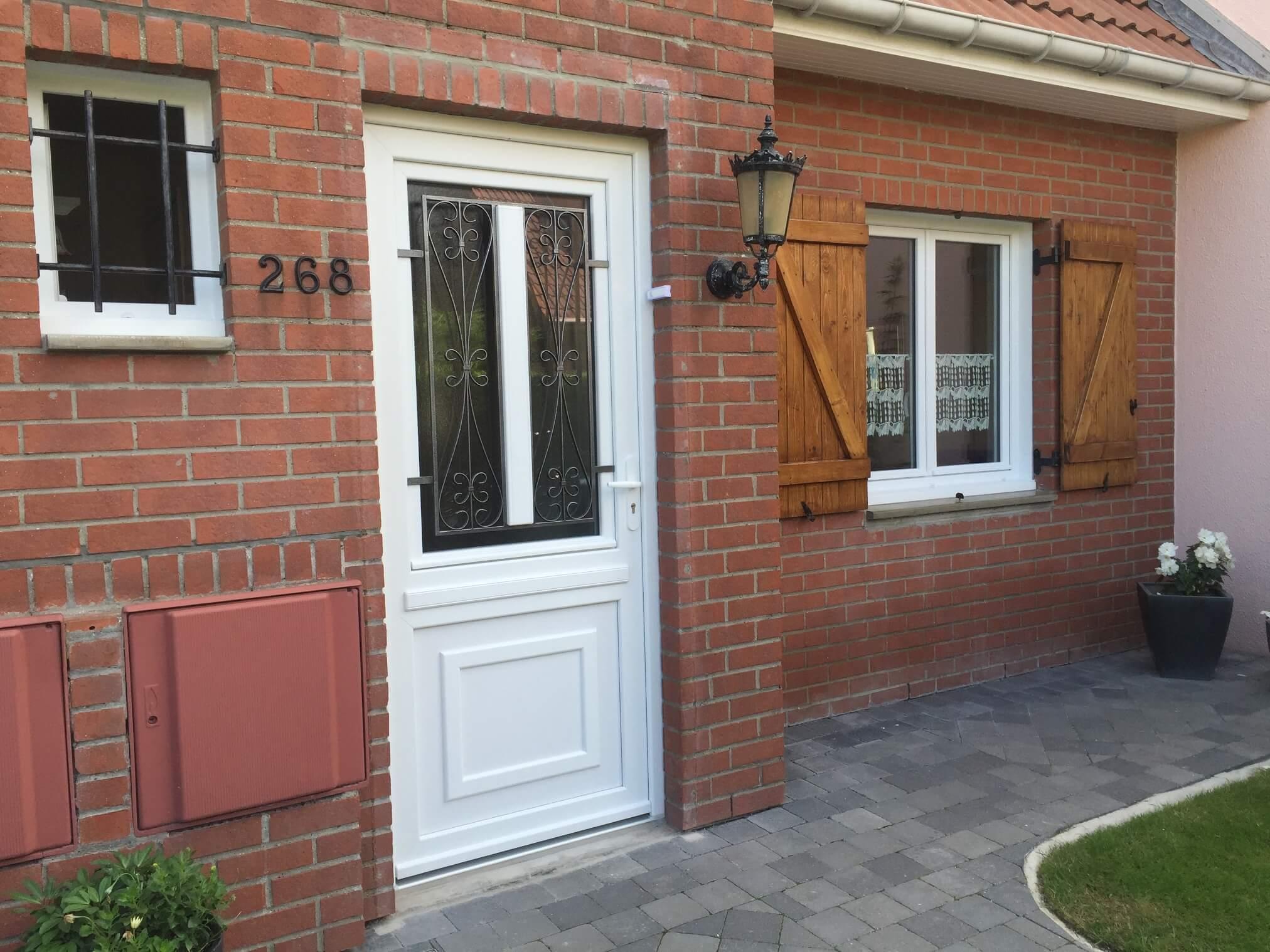 Porte d'entrée Steenbecque (2)