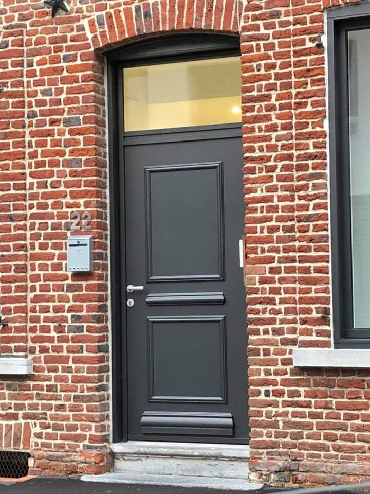 portes d'entrée hazebrouck, porte d'entrée aire sur la lys, porte d'entrée béthune, porte d'entrée merville, porte d'entrée lille, installateur, nord 59, pas de calais 62, sur mesure, pvc, alu, bois